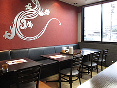 店内:テーブル席@おれのちゃんぽん・博多区半道橋