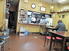 店内:テーブル席@はるやうどん・小倉