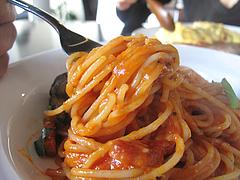 ランチ:トマトパスタ食べる@カフェ・バー・ミルクティー・天神今泉