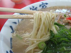 料理:ラーメン普通モード麺@元祖ラーメン長浜家・福岡