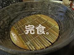 料理:豚骨ラーメン麺完食。@とまと家・博多区綱場町