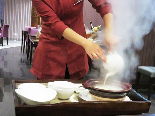 18香港式お焦げ雑炊1
