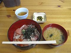 ランチ:海鮮丼650円@柳橋連合市場・柳橋食堂