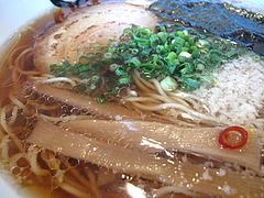 ランチ:醤油ラーメンアップ@博多塩ラーメン城(じょう)