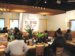 1店内:テーブル・小上がり@麺や・ほり野・うどん・那珂川