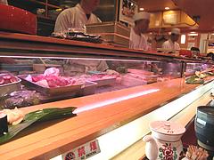 4店内:カウンター席@ひょうたん寿司・天神・新天町