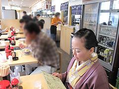 4店内:テーブル席@長崎亭・薬院店