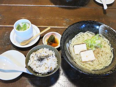 11鯛骨麺Aセット1,000円