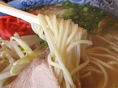 料理:ラーメンの麺@四方平(よもへい)・小倉