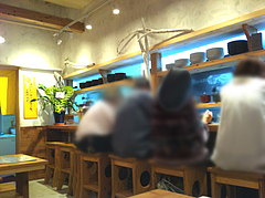 店内:カウンター席@ラーメン壱の家・西通り・天神