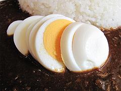 料理:ゆで玉子スライス120円@カレー専門店・ボン田中