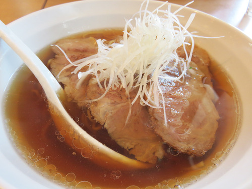 10炙りチャーシュー湯麺680円
