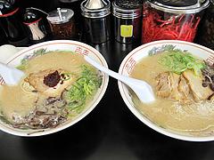 料理:らーめん480円と赤らーめん480円@昇龍ラーメン