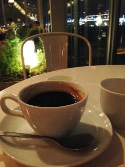 10コーヒー500円@横浜赤レンガ倉庫・ビルズ