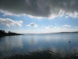 カナーヴォンから見た海