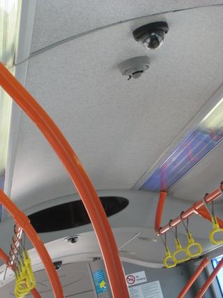 バスの中のカメラ