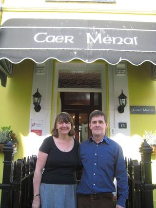ゲストハウスのオーナー夫妻(Karen & Dobson)