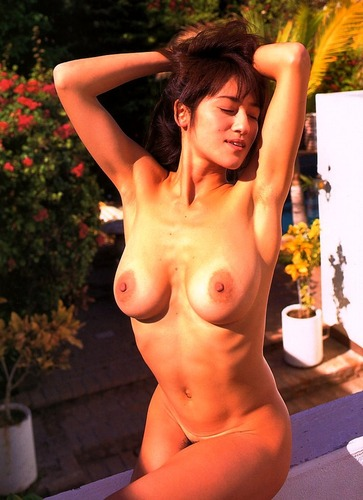 com_n_a_t_natukasimono_bx_noriko_endou001