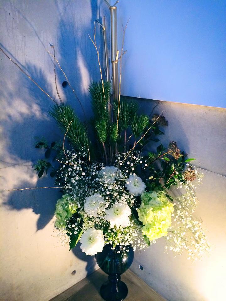 キムラボ 〜 きむらあきらこ(木村聡子)のセルフコントロール研究所あけましておめでとうございます!新年最初のお花(金ぬり竹、松、カスミソウ、アジサイ、ダリア)コメント