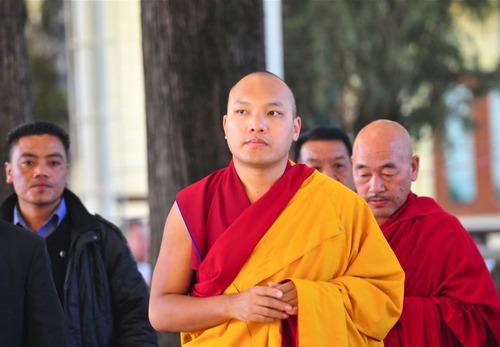 20111114_チベット_焼身自殺_カルマパ