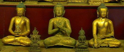 20110629_buddhist_image4