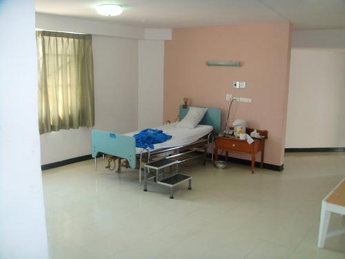 20120110_写真_タイ_病院_入院_2