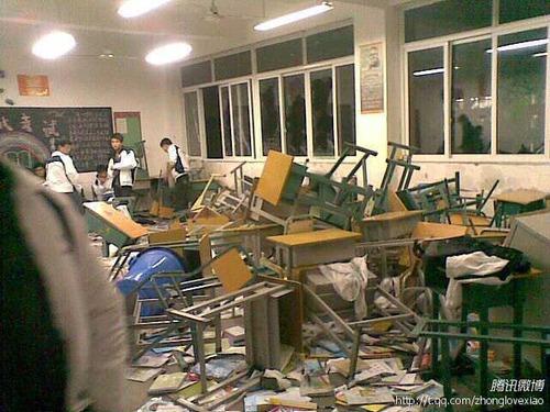 20111220_チベット人_漢族_喧嘩_2