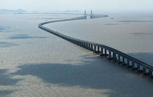 800px-Donghai_Bridge