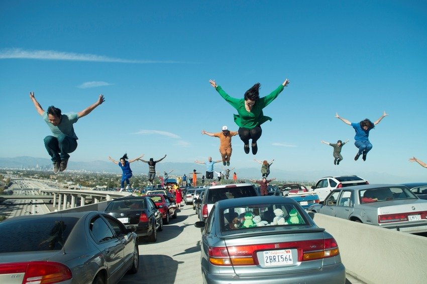 scene-Los-Angeles-Freeway-Dance
