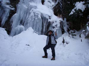 難所が滝2011-5