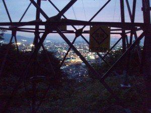 鉄塔トレイル