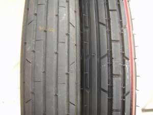 タイヤ交換7・新旧タイヤ