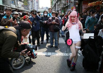 【画像あり】コスプレが街を埋め尽くした日本最大級イベント