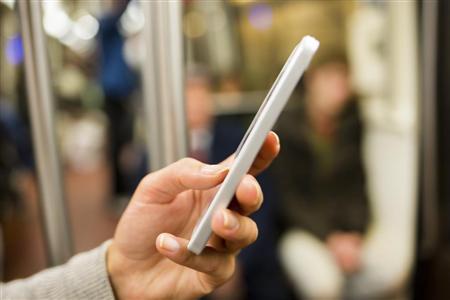 【朗報】優先席付近での携帯電話ON、ついに東日本でもOKに