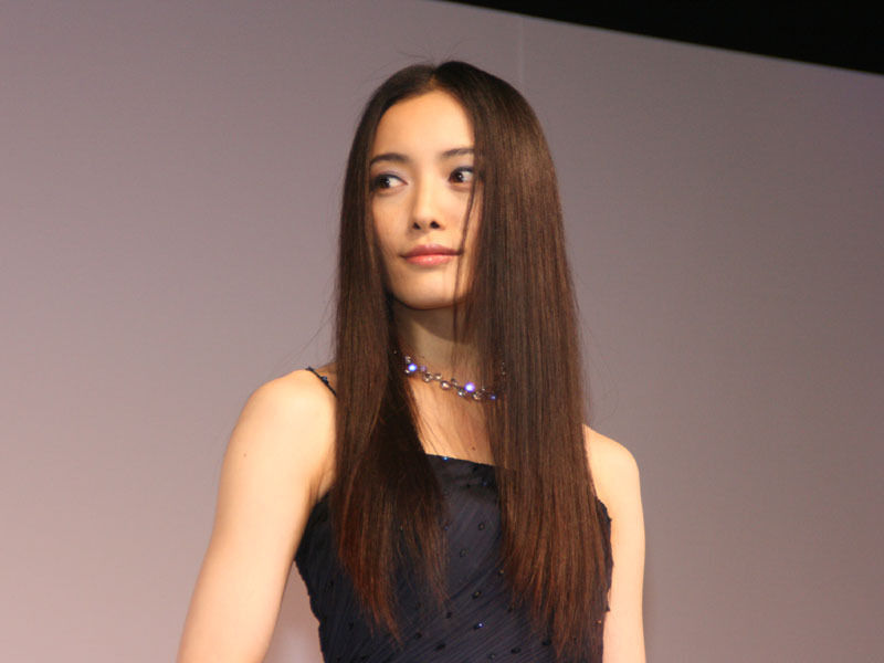 【画像】仲間由紀恵さん、エロくなる