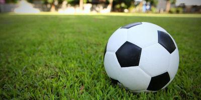 【高校サッカー】強豪校、日程を間違え開会式欠席・・・棄権に。