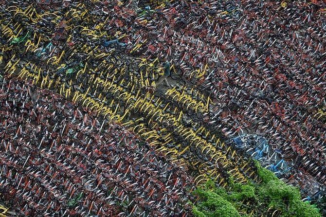 【画像】中国で乗り捨てられたシェア自転車が半端ない件