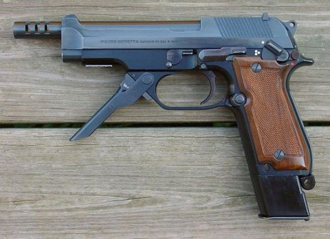 Beretta_93R_Pistol_24574