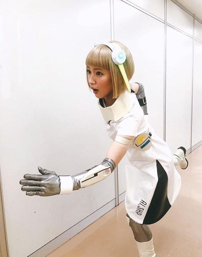 【画像】吉岡里帆が金髪アンドロイド姿を披露「最高にキュートなアンドロイド」