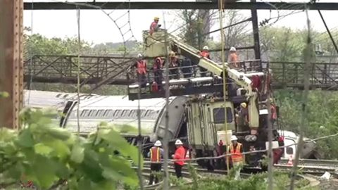 フィラデルフィア列車脱線事故の復旧作業