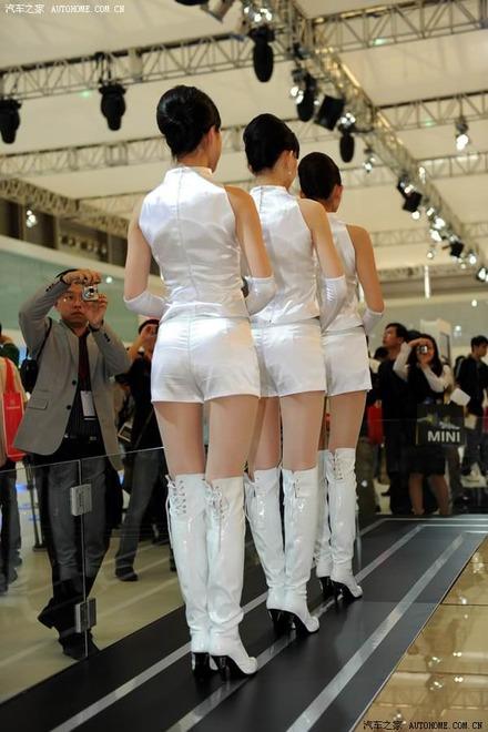 shanghai-auto-show-2009-girls-avto-sexy-models-28