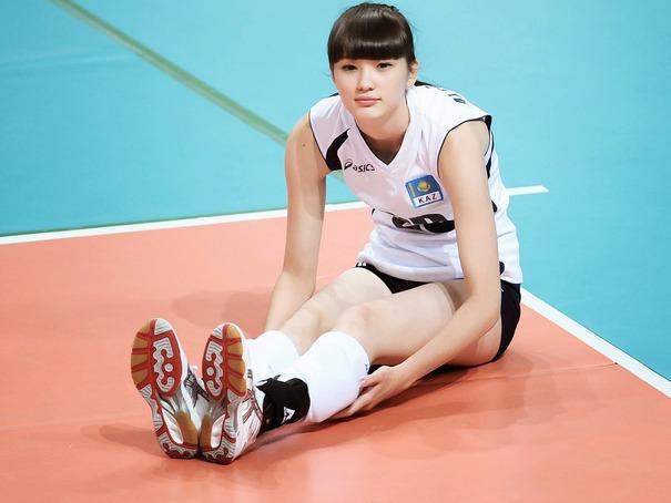 Sabina-Altynbekova-Cute-Wallpaper