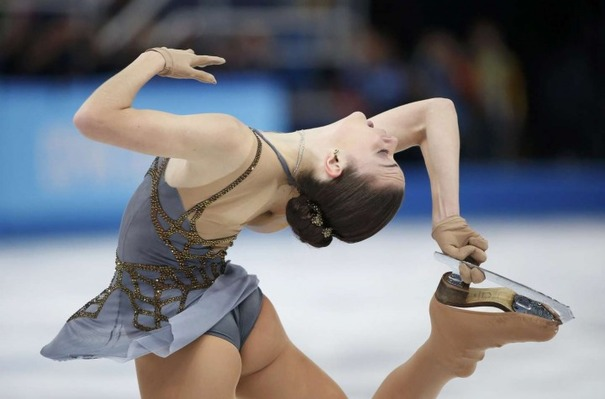 Adelina-Sotnikova-Photo--2014-Sochi-Performance--116-720x475