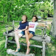 ブルゾンちえみ、当時19歳のフィリピンでの美脚ショット