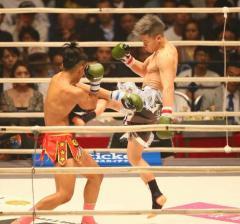 那須川天心 TKO勝ち パッキャオの前で刺客圧倒「うれしい」