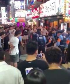 歌舞伎町・のぞき部屋盗撮客が刺され死亡か