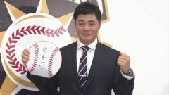 日本ハム 清宮 推定年俸1800万円で契約更改