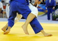 金メダルをとった視覚障害の韓国人選手、本当の視力は「1.0」?