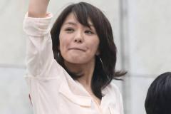 今井絵理子議員 沖縄入りの裏側「活躍なければ2期目絶望的」