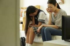 小中学生の妊娠が年間約400件…避妊を教えられない学校教育